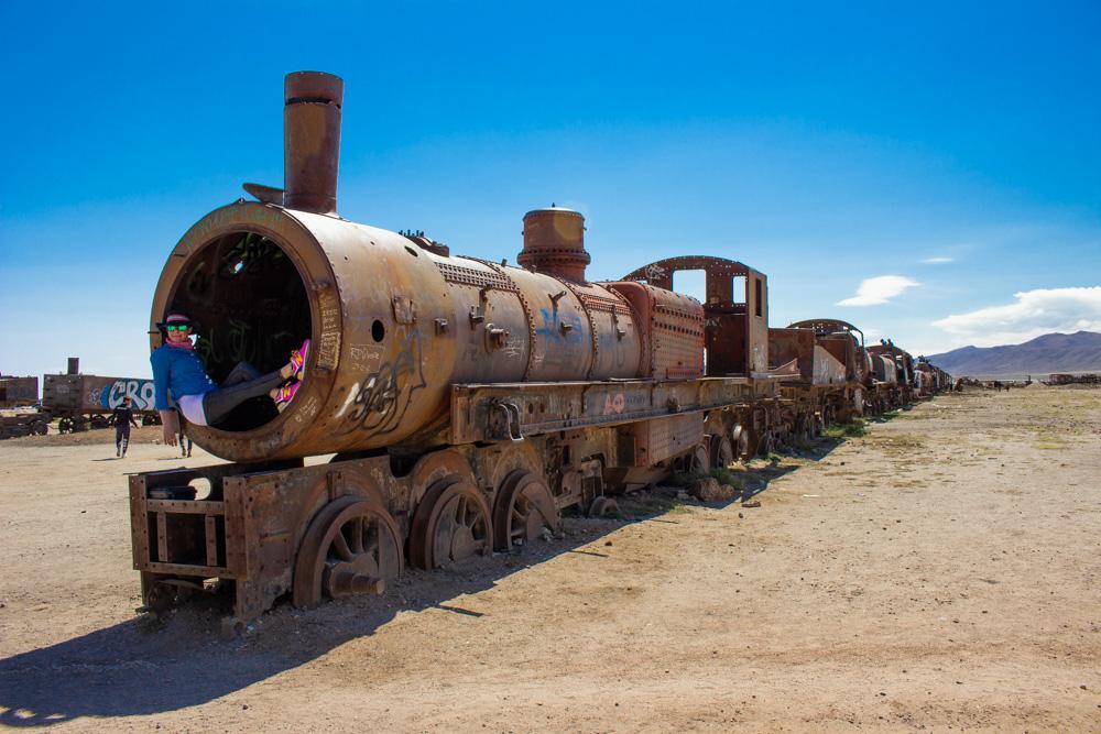 Солончак Уюни, Боливия. Кладбище поездов