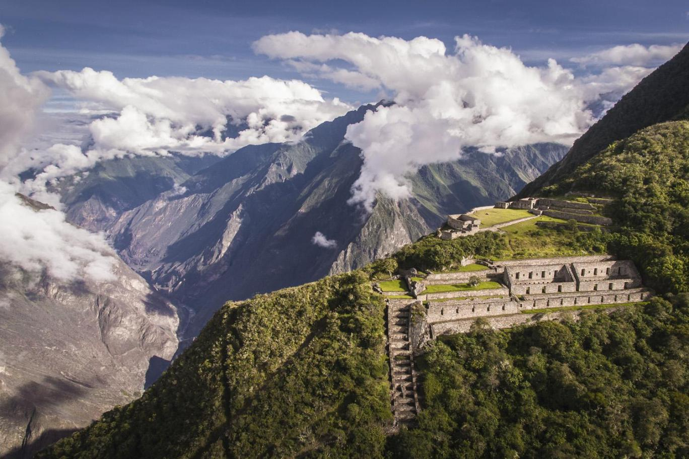 Choquequirao treking to Machu Picchu